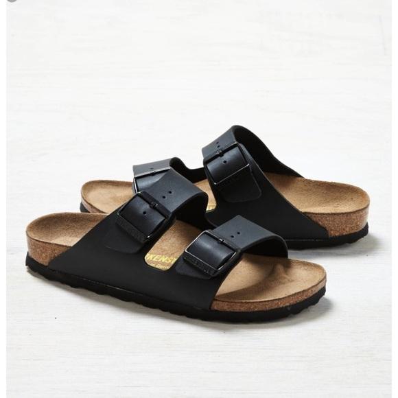 fdb1346389f91 NWT Birkenstock Arizona Black leather sandals NWT
